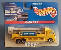 HOT WHEELS HIGHWAY HAULERS COMPLETE SET OF 8 (ALL MINT ON CARD) 1996 Mattel